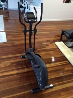 Reebok elliptical machine TX2.0 TITANIUM CROSS TRAINER Clontarf Manly Area Preview