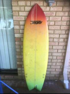 Surfboard 5'10 in great condition