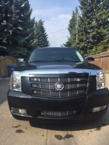 2013 Cadillac Escalade Luxury SUV, Low Km, Supercharged