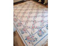 Beautiful large wool rug.