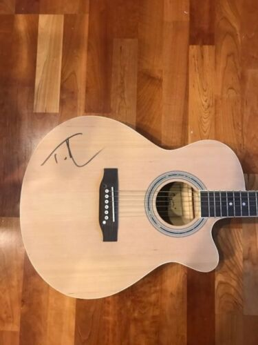 * TIM MCGRAW * signed autographed acoustic guitar * HUMBLE AND KIND * 1