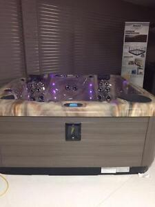 Maax Spas 481 Hot Tub - Factory Authorized Liquidation Event - Kingsway Mall Clearance Centre!