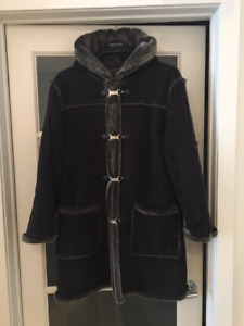 LADIES SHEEPSKIN FAUX FUR COAT/MANTEAU– BLACK/GREY TRIM SIZE XL