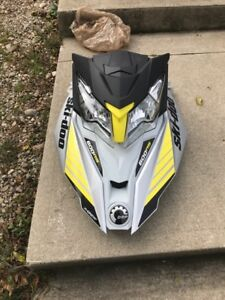Parting out 2017 skidoo 600rs