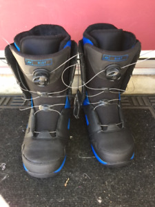 Snow board , bindings and boots$250