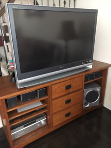 SONY Home Theatre System plus ..