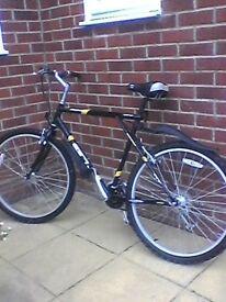 Polamar GT mountain bike.21 gears. black with yellow trim.good condition