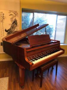 Zimmermann baby grand piano - German Brand (Price Reduced)