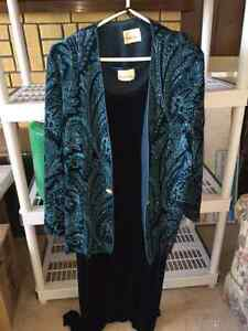"""Tradition"" Fancy Plus Size Green/Teal Velour Dress Size 22"