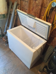 Chest Freezer, approx 20 Cu Ft