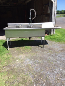 3 Tub Commercial Stainless Sink