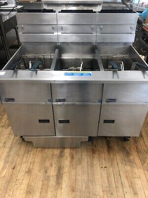 Reconditionedused Pitco Sg14rs-3fd Multiple Battery Fryer W Filtration