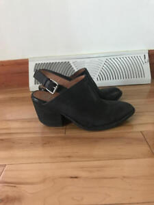 Jeffrey Campbell Black Mule $50
