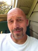 STRONG AND RELIABLE GUY HERE LOOKING FOR SOME WORK