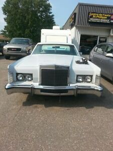 Lincoln continental 1977 à vendre