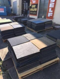 Odd lots carpet tiles 50cm x 50cm