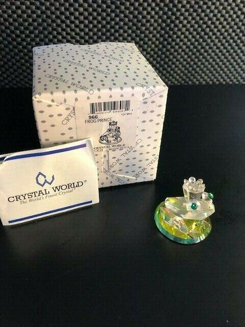 Crystal World figurines
