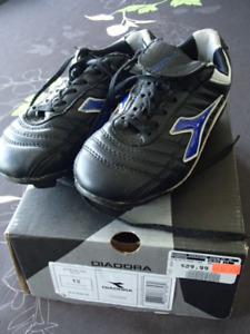 Chaussures Diadora pour soccer (enfant – grandeur 13)
