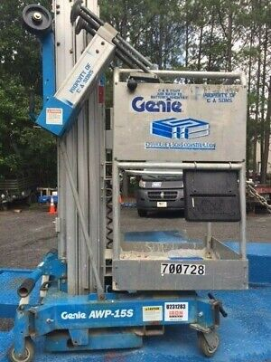 2000 Genie One Man Scissor Lift