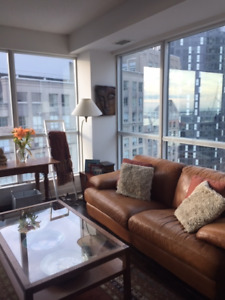 Attn: Female Business Commuter  Furnished Room in Toronto Core