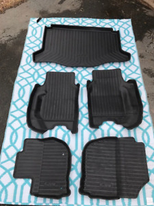 Custom All-Weather Floor Mats and Liners for Honda Fit