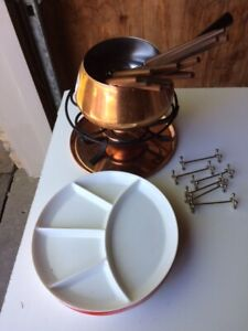Meat Fondue set with plates and forks