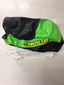 COVER, SEAT GREEN W/DECAL(ARCTIC CAT #2706-043)