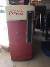 coca cola vending machine Burra Queanbeyan Area Preview