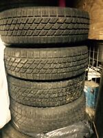 175-70-13 WINTER TIRES AND RIMS PNEUS ET JANTES
