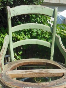 old chair (vintage chippy green) London Ontario image 5