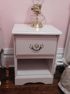 "PRETTY WHITE BEDSIDE TABLE WITH ""GIRLY"" HANDLE"