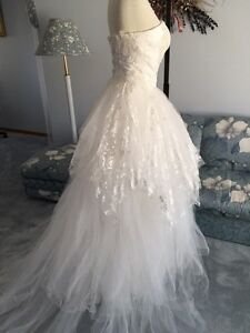 BRAND NEW Size 6 Gregorian Wedding Gown For Sale