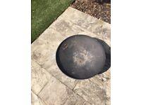 Fire Pit (Cast Iron, Black, Circular)