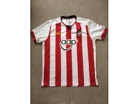 Southampton FC clothing, sizes L and S