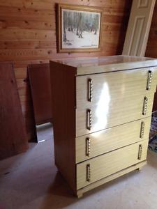 Dresser: 4-Drawer Blonde Mid-Century Modern style