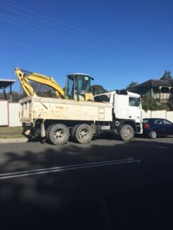 Aria Earth Moving and demolition pty ltd