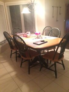 Kitchen or Dining Room Oak Wood Table and 6 chairs