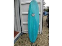 Custard Point surfboard hardly used with Leash, Mini Mal