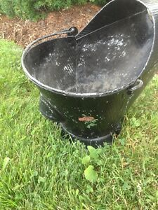 Charcoal Antique Pale Pail Pot Old Metal Garden Patio Display Up Oakville / Halton Region Toronto (GTA) image 2