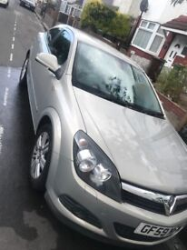 VAXHAUL ASTRA 2010 FOR SALE, AMAZING CAR RUNS VERY WELL ONLY 2 OWNERS 68000 MILES
