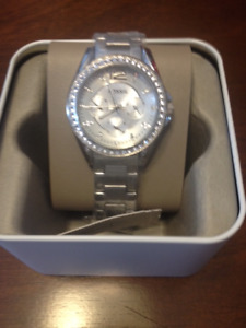 New Silver Fossil Ladies Watch