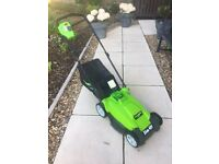 Greenworks cordless electric lawnmower - As new