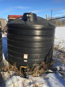 2 Of 1250 Gallon Hold On Black Poly Water Tanks