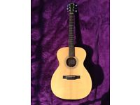 Larrivee OM-02 Guitar All Solid Woods, Spruce Top, Sapele Back & Sides. Immaculate/Mint Condition