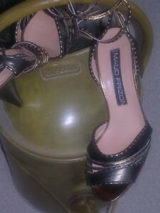 Designer womens shoes / heels North Shore Greater Vancouver Area image 4