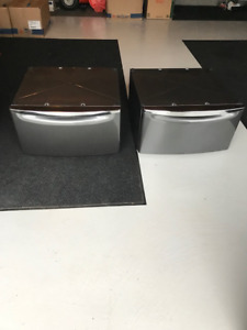 Washer and Dryer Pedestal Stands