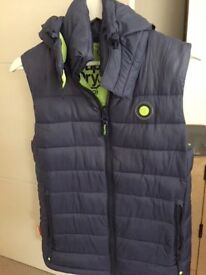 Superdry Gilet with detachable hood - Men's size Small - As new