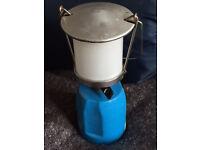 Lantern with C206 gas catridge - camping