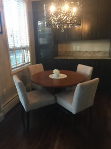 ***REDUCED PRICES*** DINING SET / BEDROOM SET + MORE