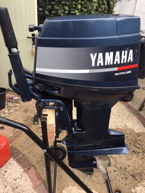 Yamaha 30hp 2 stroke autolube outboard engine in bishops for Yamaha 30hp 2 stroke